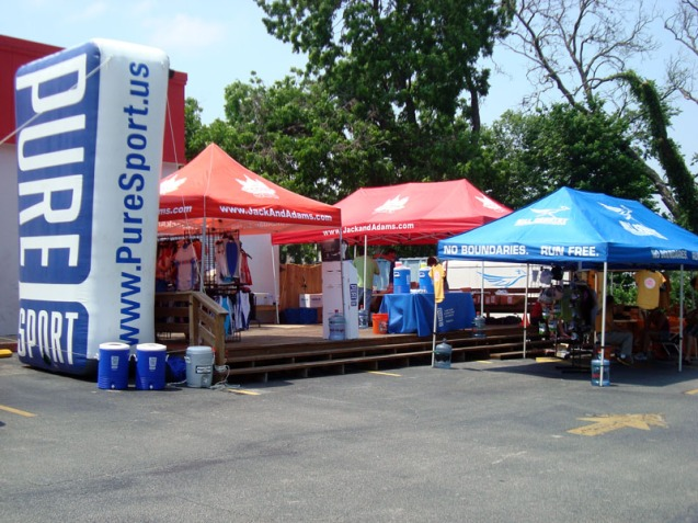 """A small """"expo"""" at the packet pick-up"""